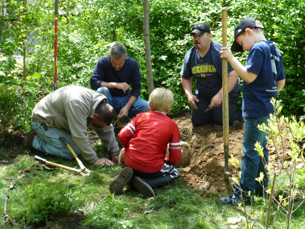 Dan Ferris and Kids Plant Tree, 2013